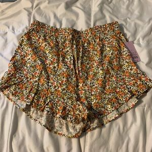 NEVER WORN target wild fable shorts